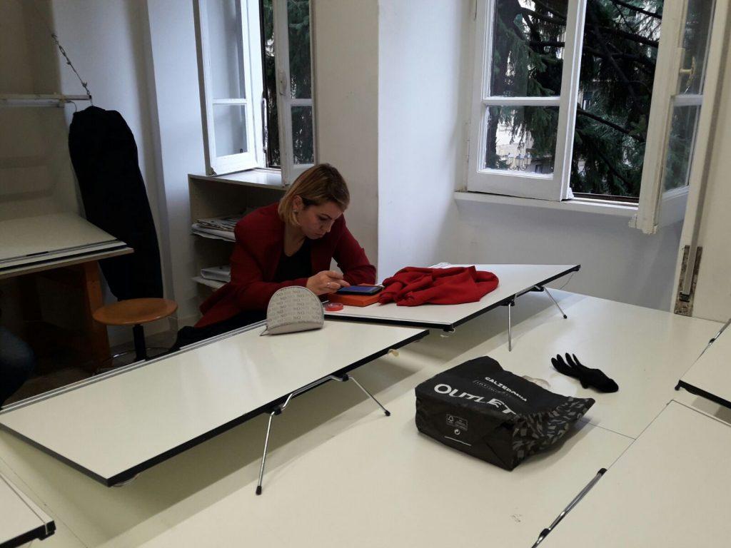 Lo studio pre-sfilata di Rossella Isoldi